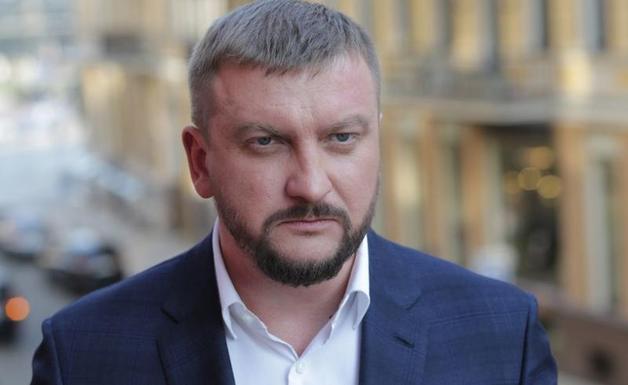 Блогер рассказал правду о ваучере Петренко