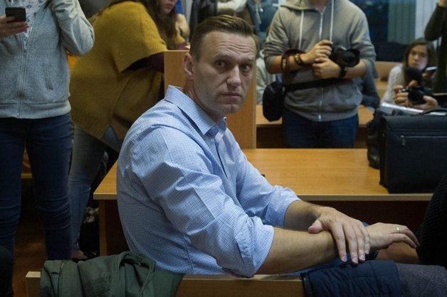 Полицейские отпустили Навального из-под стражи до суда