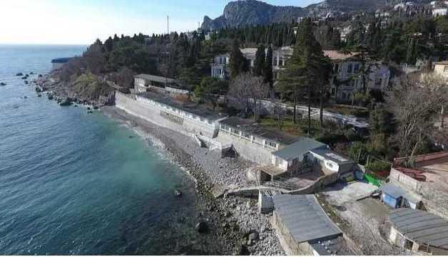 Жене Пескова подарили множество санаториев в Крыму, жители полуострова свирепствуют