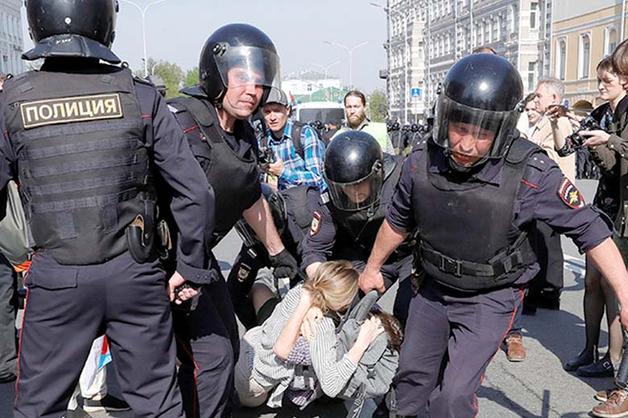 В мэрии Москвы заявили, что не привлекали казаков к охране порядка на акции 5 мая