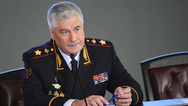 У Колокольцева нашли ОПГ из полицейских-экстремистов