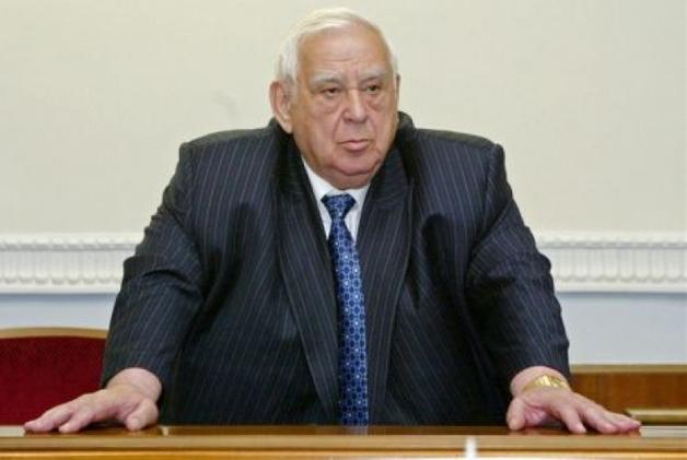 За полгода Ефим Звягильский заплатил донецким террористам 270 млн рублей