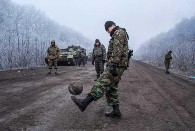 Интенсивные бои на Донбассе: ВСУ понесли потери