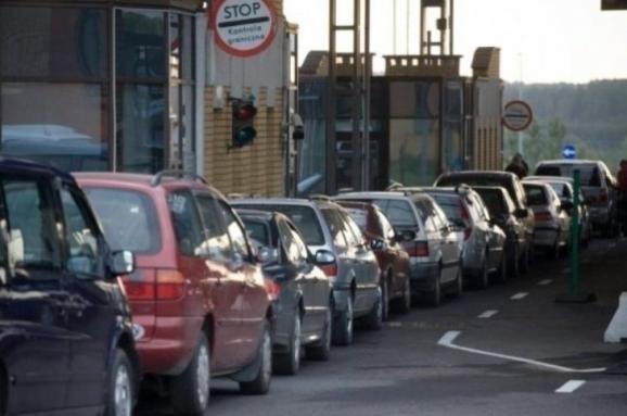 Дела контрабандные: 200 грн. против новых правил. Почему утихли протесты контрабандистов на границе