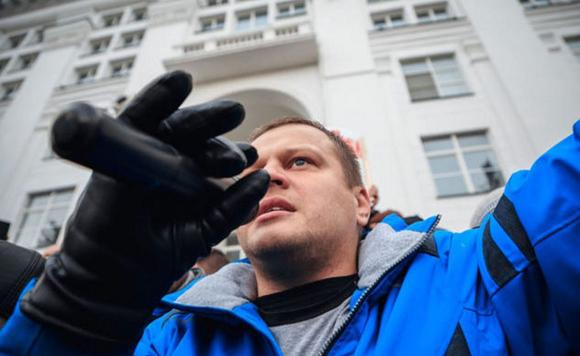 Потерявший семью на пожаре в Кемерово бизнесмен пошел в политику