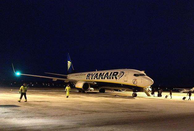 Уловки Ryanair: Как крупнейший лоукостер Европы зарабатывает на пассажирах