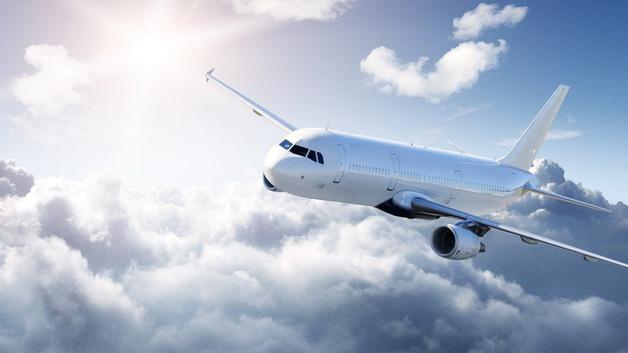 В Волгограде самолет совершил аварийную посадку из-за разгерметизации салона