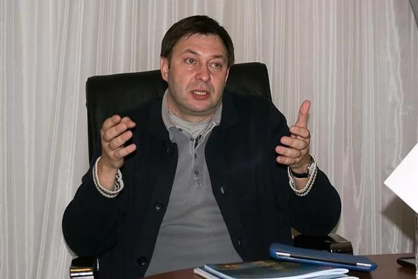 """СБУ не будет инициировать лишение гражданства директора """"РИА Новости Украина"""" Вышинского"""