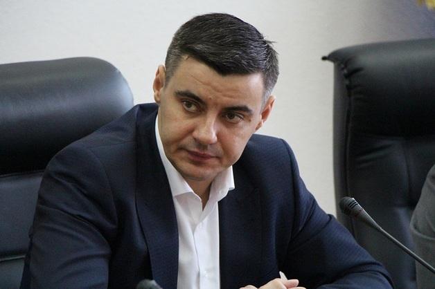 Главный налоговик Львовщины хранит 2,5 млн гривен наличными
