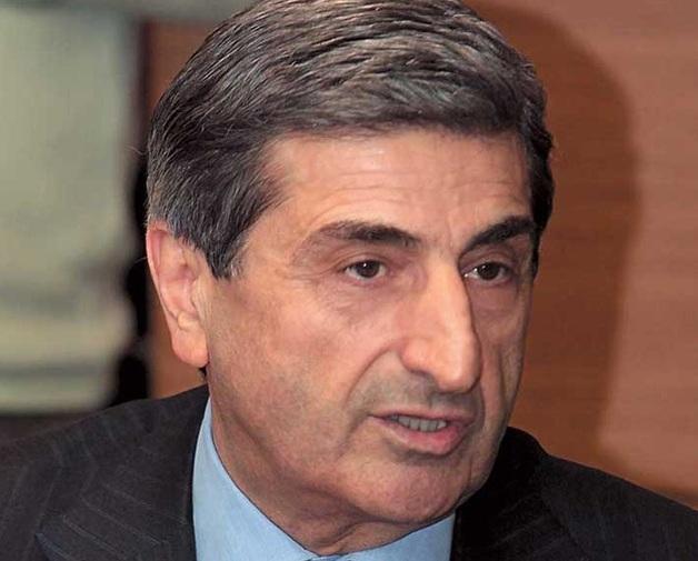 Васадзе принудительно скупает акции «УкрАВТО»