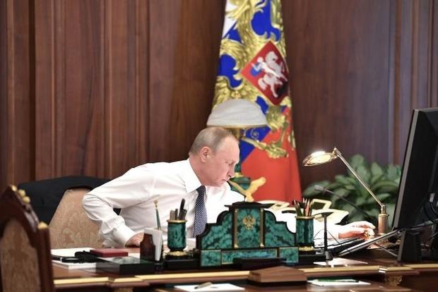 Путин пообещал, что не пойдет на третий президентский срок