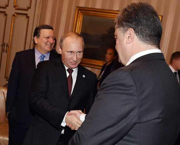 Сталин не торговал с Гитлером во время войны, руку ему не пожимал и даже не звонил