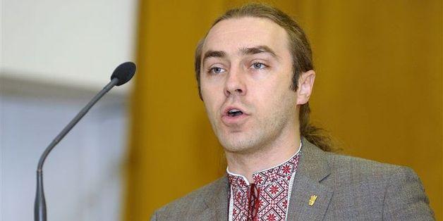 "Одиозного лидера ВО ""Свобода"" Мирошниченко облили навозом"