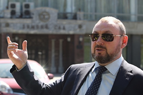 Екатеринбург попал в руки экс-сотрудника КГБ