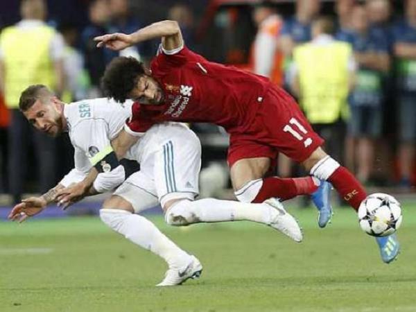 "Подан иск на 1 млрд против Серхио Рамоса за травму форварда ""Ливерпуля"" Салаха"