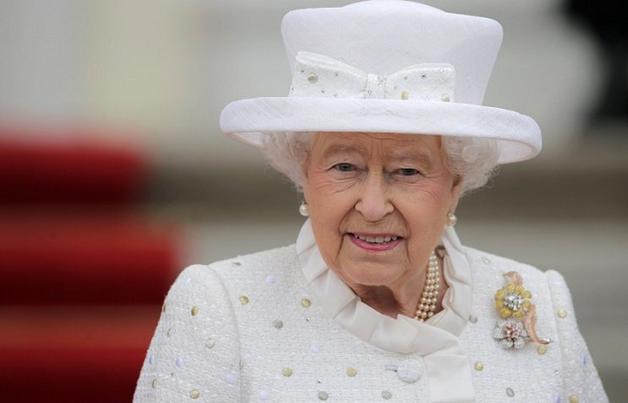 """""""Лондонский мост упал"""": в Британии написали о смерти Елизаветы II"""