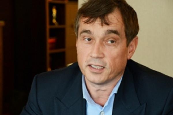 Комбинатор Василий Хмельницкий нацелился на Борщаговский ХФЗ
