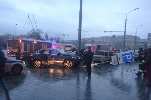 Бывшая жена экс-губернатора Чукотки впала в кому после ДТП в центре Москвы