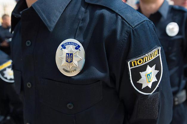 В Сети появилось видео разбойного нападения на инкассаторов в Киеве