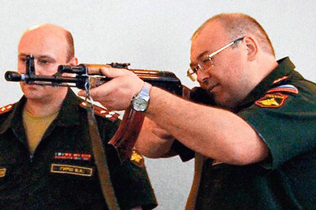 Следствие отказало генералу Оглоблину в сотрудничестве
