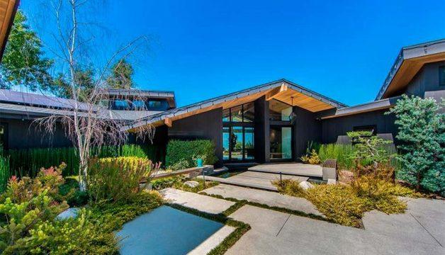 Звезда сериала «Беверли Хиллз 90210» продает дом за $4,5 млн