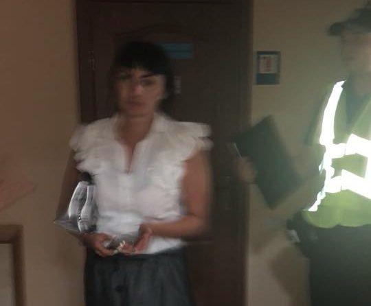 В Одессе пьяная полицейская совершила ДТП и устроила стриптиз перед врачами
