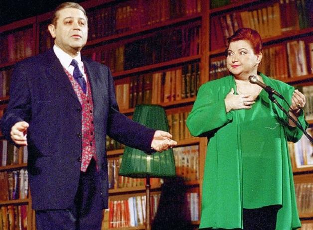 Юмористы Степаненко и Петросян сообщили о разводе. Что случилось со звездным дуэтом