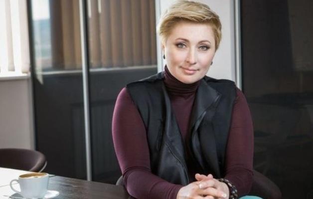Журналисты показали, как отдыхает жена Тигипко