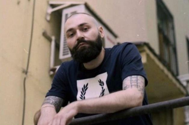 Полицейские раздели преподавателя московского вуза в центре города