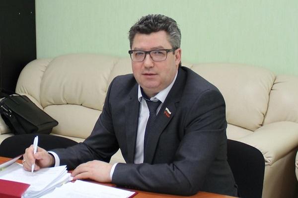 Ульяновский экс-министр здравоохранения Рашид Абдуллов попался на мошенничестве
