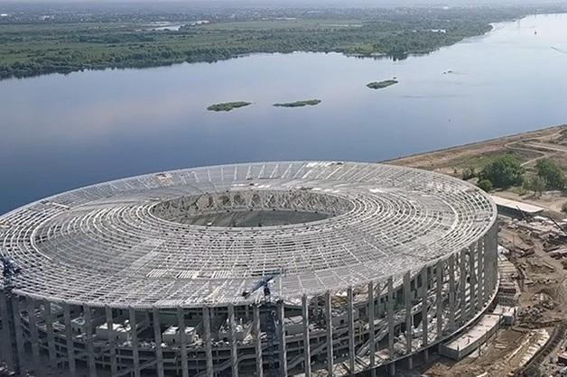 После чемпионата мира в Нижнем Новгороде рабочих, строивших стадион, кинули на 50 млн рублей: зарплаты пропали