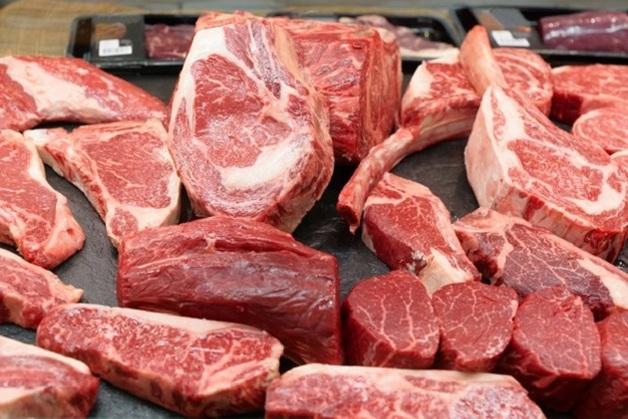В Житомирских тюрьмах заключенным скармливали зараженное мясо
