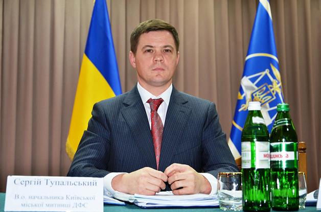 Пока Насиров мечтает о Лондоне: кого сватают в начальники таможни Киева