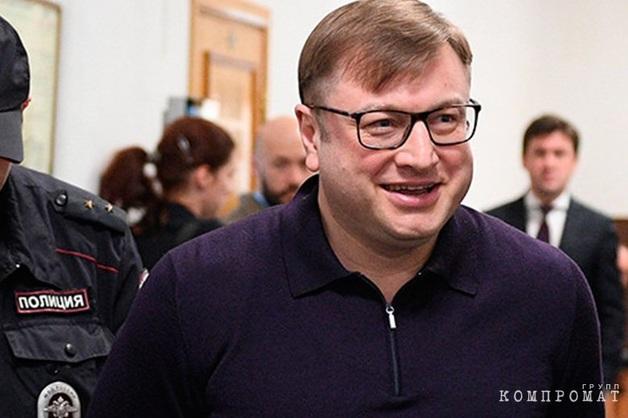 «Незаконных просьб не было». Генералы из ФСБ и ФТС, дружившие с олигархом Михальченко, дали показания