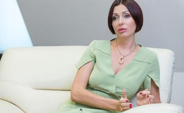 Журналисты показали внешний вид жены Яценюка до и после салона красоты
