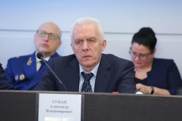 Александр Гуцан: медведевский выкормыш, жена-судья и должность полпреда СЗФО