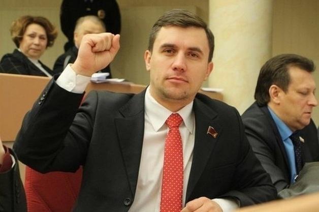 Когда умрете, тогда и поговорим – депутат, живущий на 3,5 тыс. рублей в месяц, сходил на ток-шоу