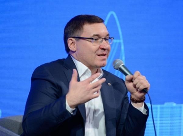 Карманный банкир министра Якушева подался в бега