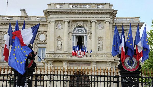 МИД Франции отреагировал на решение депутатов по снятию санкций с России