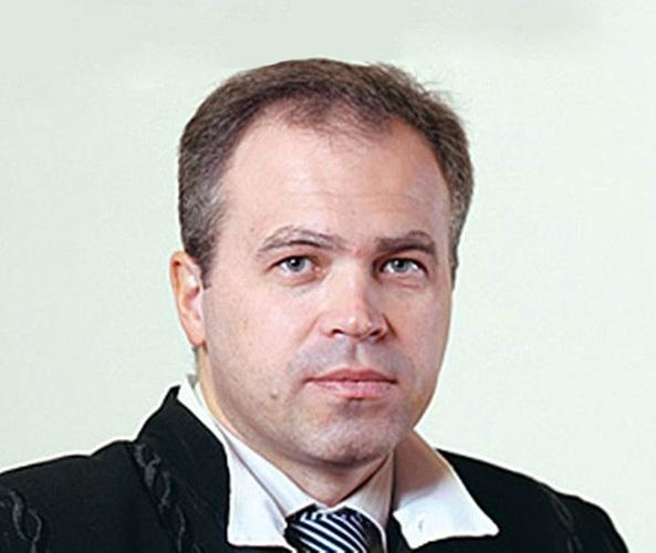 Адмирал-подводник Игорь Донской утопил продажных юристов