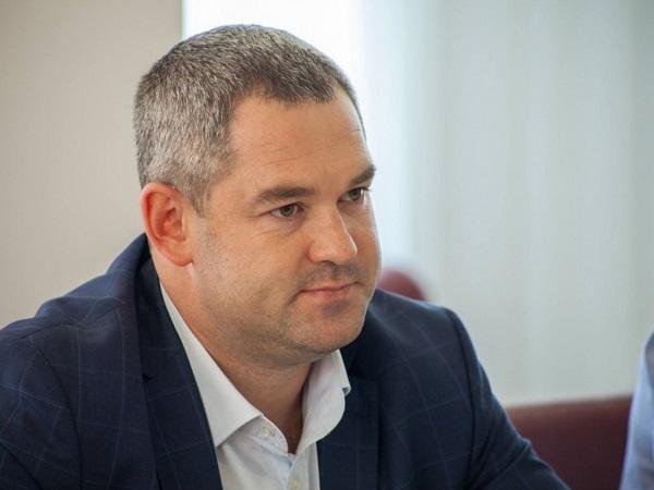 Соломенский суд наложил арест на имущество Продана