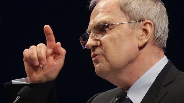 Председатель Конституционного суда РФ прокомментировал причину социальной напряженности при Путине в России