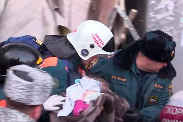 Состояние 10-месячного Вани Фокина, спасенного из-под завалов в Магнитогорске, улучшилось