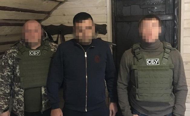 """СБУ задержала на курорте """"вора в законе"""", которого не могут """"выкурить"""" из Украины"""
