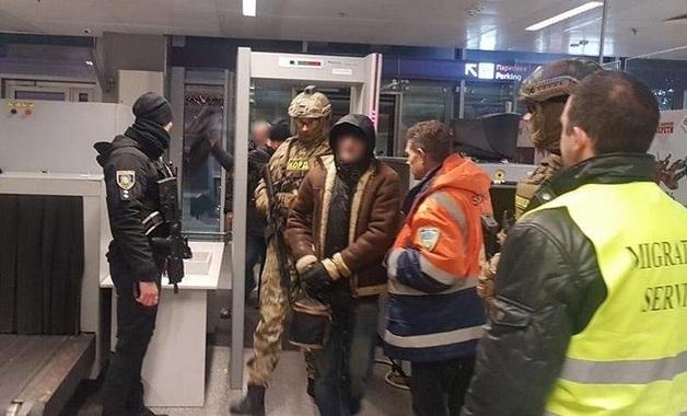 «Смотрящего» за «зоной» в Хмельницкой области выдворили из Украины после отсидки