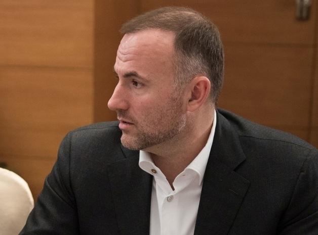 Al Jazeera: Фукс угрожал американскому бизнесмену и загремел в громкий скандал