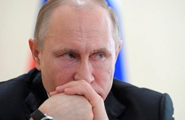 Социологи отметили снижение рейтинга доверия к Путину