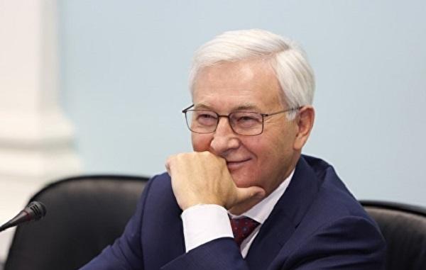 Как «кидает» партнёров второй единоросс Южного Урала Юрий Карликанов