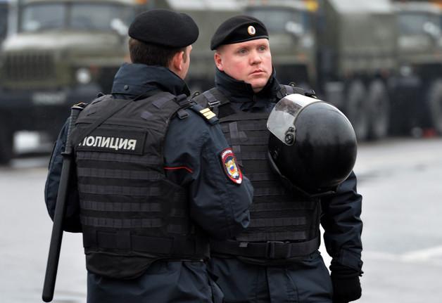 Российская полиция продолжает преследовать геев. Подробности