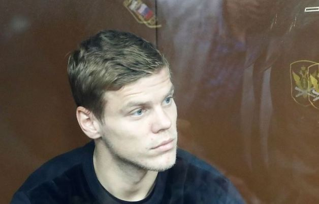 Адвокат Кокорина объяснила, кого футболист назвал «стадом баранов»